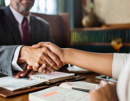 Advokatska kancelarija JSKM savetovala je Kozmetik Plus DOO u vezi poslovnog odnosa sa Mercator S DOO Novi Sad